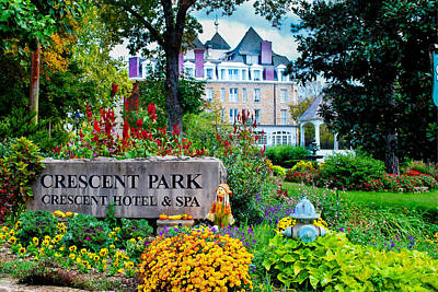 Eureka Springs Photograph - The Crescent Hotel In Eureka Springs Arkansas by Gregory Ballos