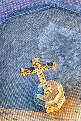 Photograph - The Cross In The Golden Light - Granada Churchyard by Mark E Tisdale