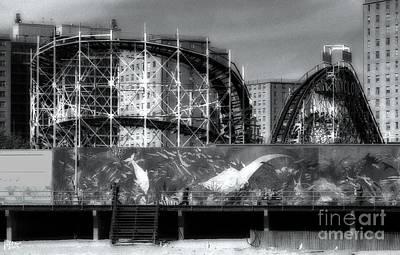 Boardwalk Photograph - The Cyclone by Jeff Breiman