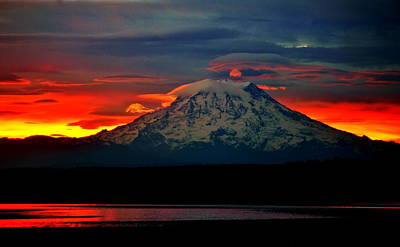 Photograph - The Dawn Of Rainier by Benjamin Yeager