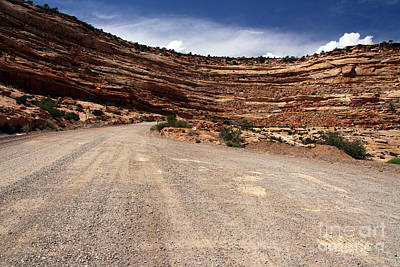 Photograph - The Descent Moki Dugway. by Butch Lombardi