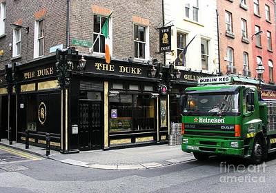 Photograph - The Duke In Dublin by Mel Steinhauer