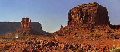 Mittens Photograph - The Dusty Trail - Monument Valley by Mike McGlothlen