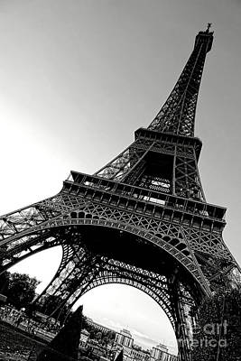 Photograph - The Eiffel Tower by Olivier Le Queinec