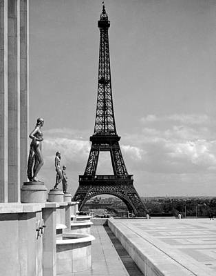 The Eiffel Tower Art Print by Underwood Archives