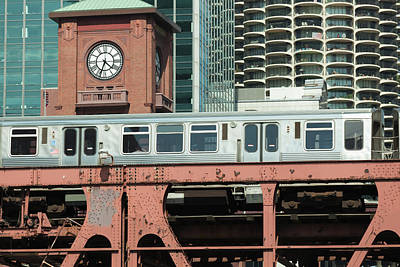 Photograph - The Elevated Train In Downtown Chicago by Yinyang