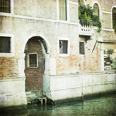 Photograph - The Entrance - Venice by Lisa Parrish
