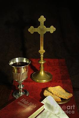 Communion Photograph - The Eucharist by Donald Davis