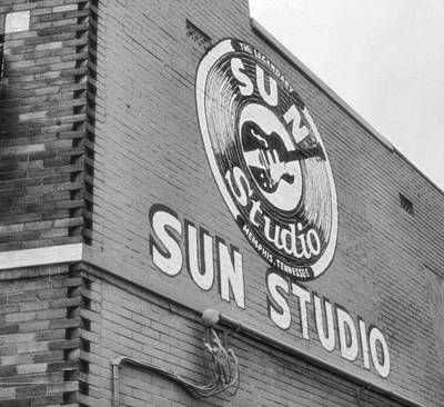 The Famous Sun Studio In Memphis Tennessee Print by Dan Sproul