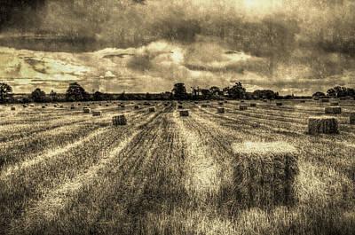 Photograph - The Farm Vintage Image by David Pyatt