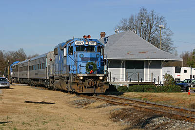 Photograph - The First Lc Santa Train 2006 by Joseph C Hinson Photography