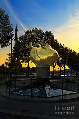 The Flame Of Liberty In Paris Art Print by Louise Heusinkveld