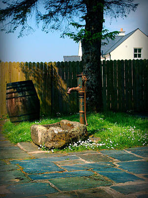 Photograph - The Fountain And The Barrel by Alessandro Della Pietra