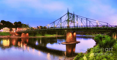 Photograph - The Free Bridge by Mark Miller