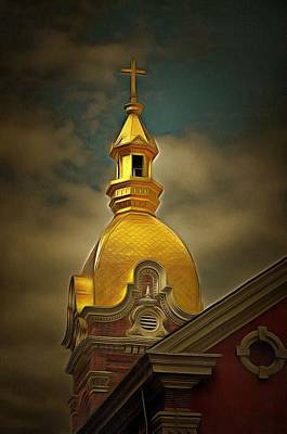 Kansas Oil Painting - The Gold Dome Of Kansas City  by L Wright