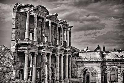 Library Digital Art - The Great Library Of Ephesus by Babur Yakar