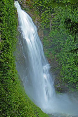Waterfalls Photograph - The Great Wallace by Brad Walters
