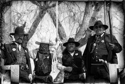 Photograph - The Hanging Crew by Bob Pardue