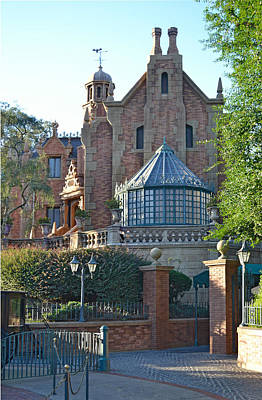 The Haunted Mansion Photograph - The Haunted Mansion by Harold Shull