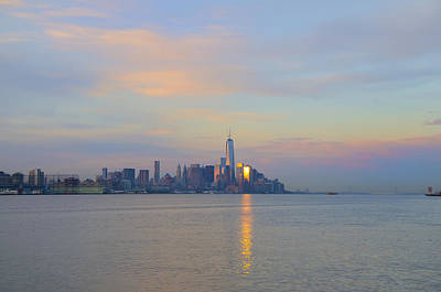 New York City Photograph - The Isle Of Manhattan In The Morning by Bill Cannon
