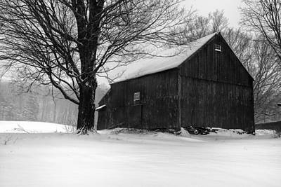 Preston Farm Photograph - The Kinney Barn By Thomas Schoeller by Thomas Schoeller