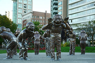 Photograph - The Laughing Men by Fraida Gutovich