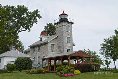 Photograph - The Lighthouse by William Norton