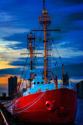 Photograph - The Lightship Nantucket by Chris Lord