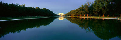 Lincoln Memorial Photograph - The Lincoln Memorial At Sunrise by Panoramic Images
