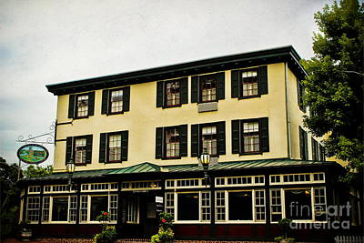 Photograph - The Logan Inn by Colleen Kammerer
