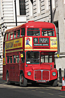 Vintage Conway Photograph - Vintage London Bus by Tom Conway