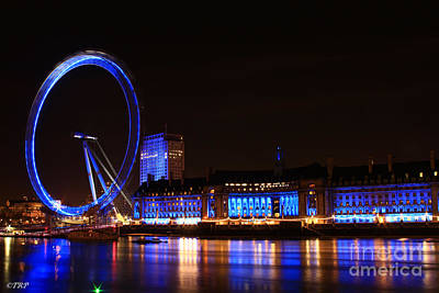 Photograph - The London Eye  by Size X
