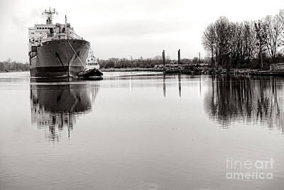 Tugboat Wall Art - Photograph - The Long Journey Home by Olivier Le Queinec