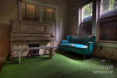 Photograph - The Lounge by Rick Kuperberg Sr