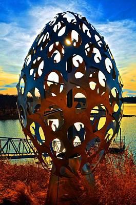 Photograph - The Magic Egg by Ricardo J Ruiz de Porras