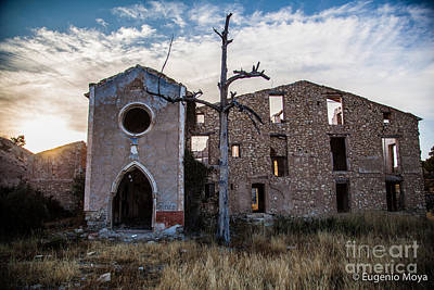 Photograph - The Mansion by Eugenio Moya