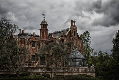 Photograph - The Mansion by Nicholas Evans