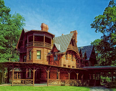 Beauty Mark Photograph - The Mark Twain House - Hartford by Mountain Dreams