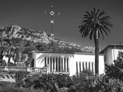 Photograph - The Matisse Chapel Vence by Richard Wiggins