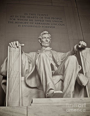 Photograph - The Memory Of Abraham Lincoln by Mark Miller