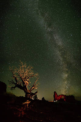 Mesquite Tree Photograph - The Milky Way Above Turret Arch by Raul Touzon