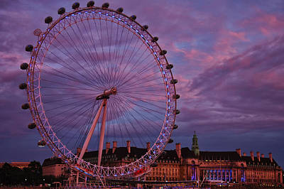 The Millennium Wheel Art Print by Gary Hall