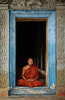 Budhism Photograph - The Monks Of Wat Bo by Leah Kennedy