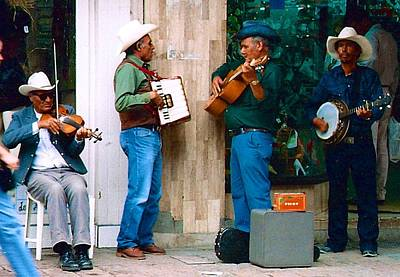Photograph - The Musicians by Ricardo J Ruiz de Porras