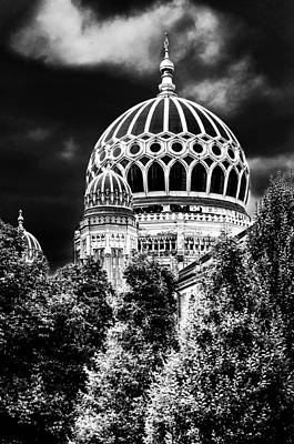 Pentagram Photograph - The New Synagogue - Berlin Germany - In Black And White by Colin Utz