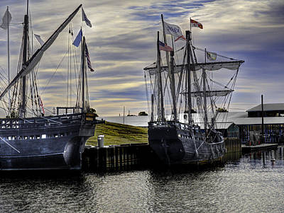 Muelle Photograph - The Nina And Pinta  Columbus Replica Ships by John Straton
