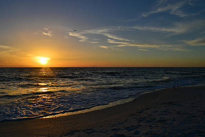 Southwest Florida Sunset Photograph - The Ocean by Melanie Moraga