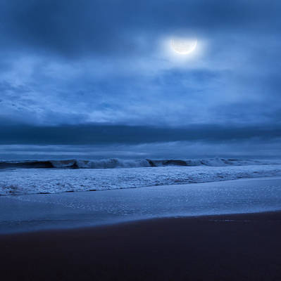 Photograph - The Ocean Moon Square by Bill Wakeley