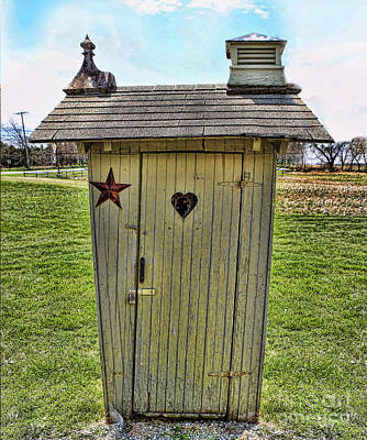 Photograph - The Ol' Thunderbox Outhouse by Lee Dos Santos