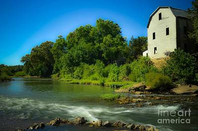Autumn Peggy Franz Photograph - The Old Cedar Hill Mill  by Peggy Franz